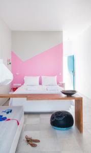 FOUNDiiD Bedroom Design Coco-Mat Bed Mattress Ammos Hotel Crete